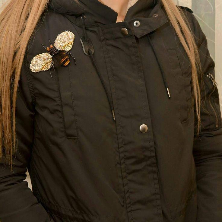 1,383 отметок «Нравится», 5 комментариев — Наталья Якубовская (@yakubovskaya_nataliya) в Instagram: «#брошьручнойработы#шмель#🐝#брошьназаказ#лентаhu#accessories#деталиважны#😍😍😍#brooch#handmade_ideas_ru#handmade_fifi#»