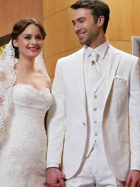 Белые костюмы мужские на свадьбу