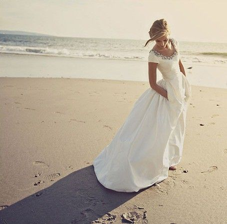 A short sleeved wedding dress...WITH POCKETS.