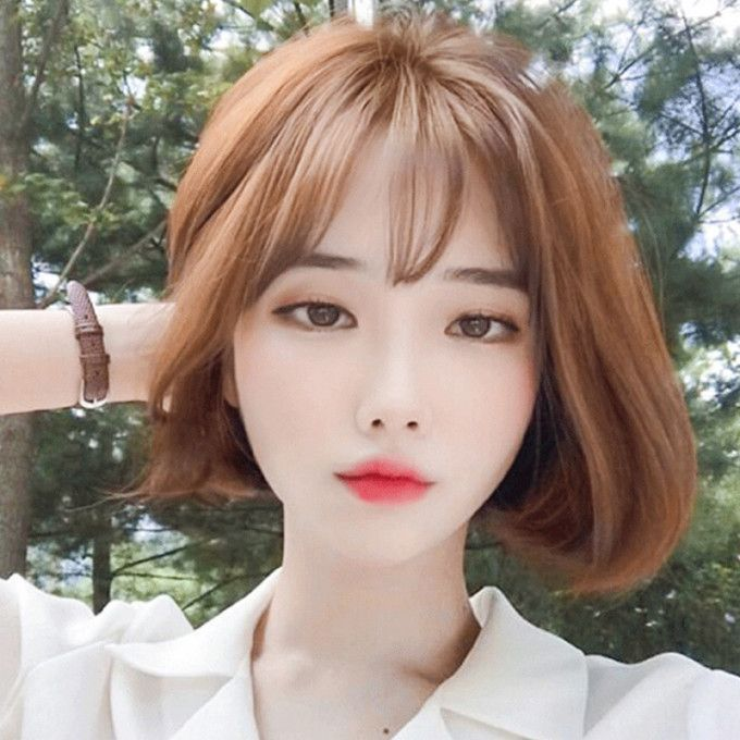 30 Best Korean Short Hairstyles For Round Faces Tips Wig Female Short Hair Korean Air Ban Korean Short Hair Short Hair Styles Short Hair Styles For Round Faces