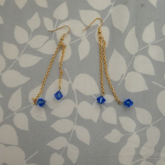 Swarovski crystal bead earring Made with genuine Swarovski crystal beads earring. Jewelry