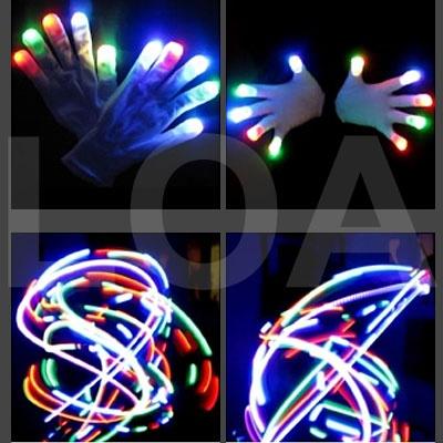 Guanti led gloves ideali per feste ed eventi. Per saperne di più : http://www.loacenter.com/guanti-led-gloves-p-12738.html?cPath=237_10492