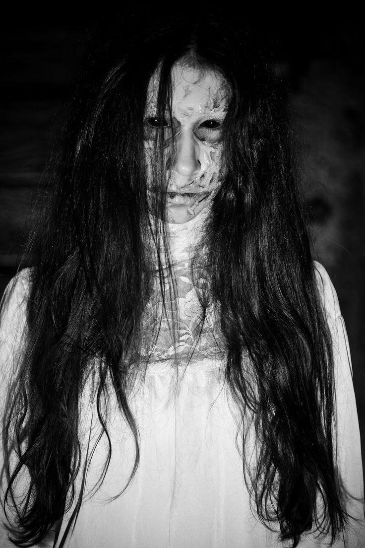 zombie MUA: Ildikó Amin B. modell. Nadin Amin photo: András Cselényi-Szabó