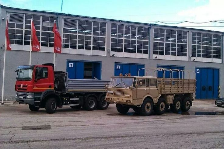 Tatra Phoenix, Tatra 813 Kolos ♡.