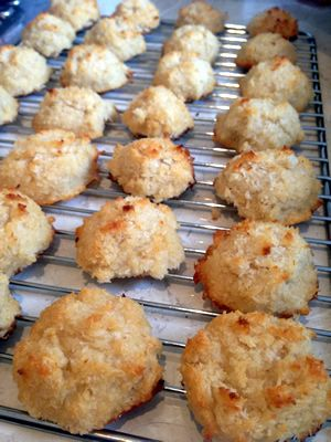 Coconut Macaroons #Paleo #Primal conut Macaroon Ingredients - 6 egg whites - 1/4 tsp sea salt - 1/2 cup honey - 1 tbsp vanilla - 3 cups shredded