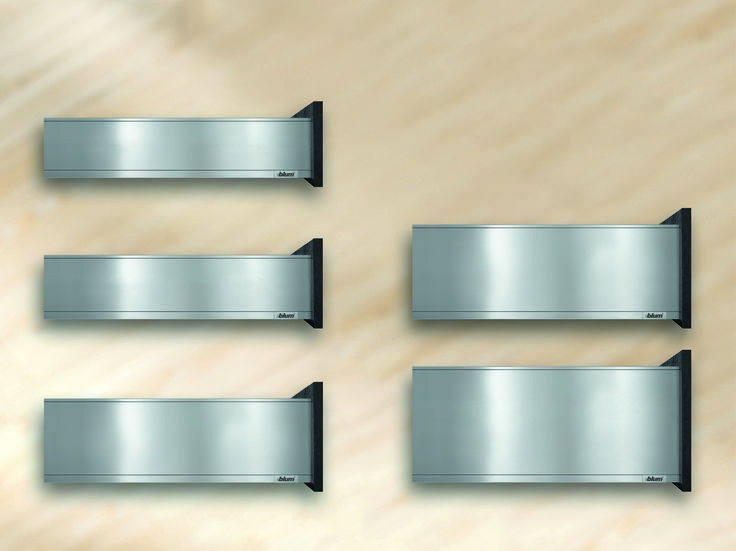 The image shows all LEGRABOX drawer side heights at a glance (N, M, K, C and F