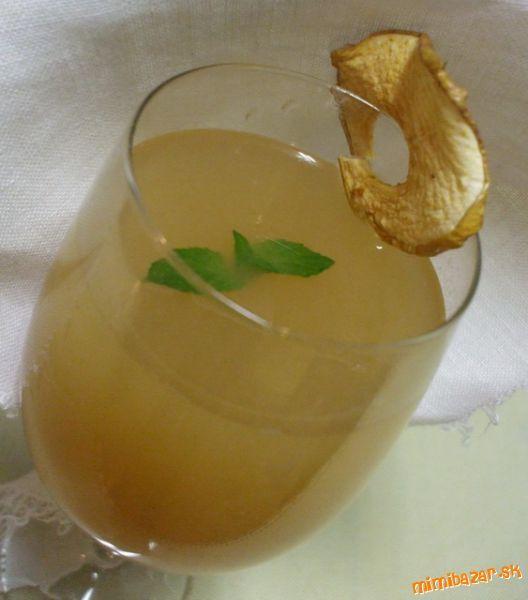 Vynikajúci jablkový džús
