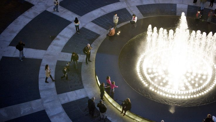 The story behind the most-recognizable fountains in the world