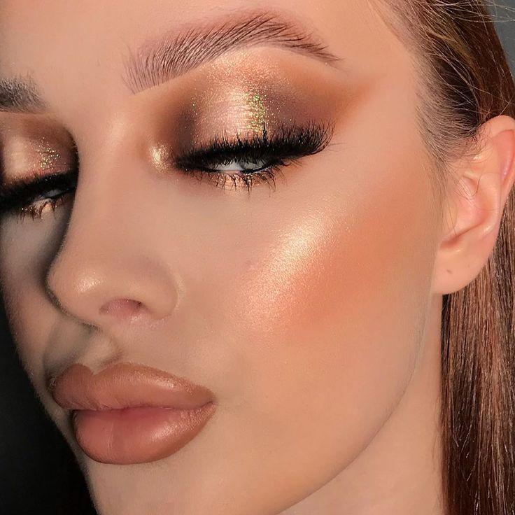 La formation en ligne à   Makeup face charts, Plouise