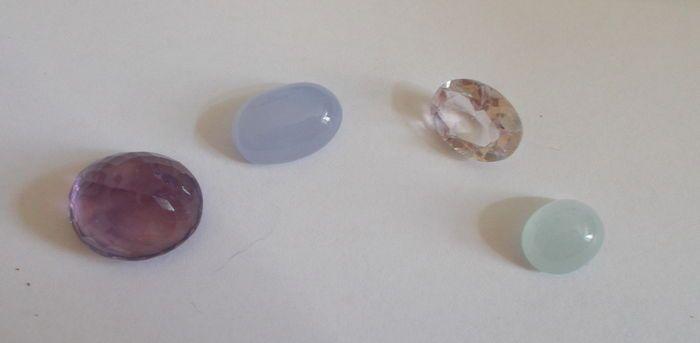 Catawiki Online-Auktionshaus: 4 Edelsteine:  2 Amethyst, 1 Aquamarin aus Brasilien, 1 Chalzedon Achat aus der Türkei, Gesamt : 37,26 Ct