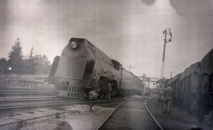 Edward Henty steam locomotive, S Class 302 - The Spirit of Progress, Wangaratta - Victoria, [1937-1950s]