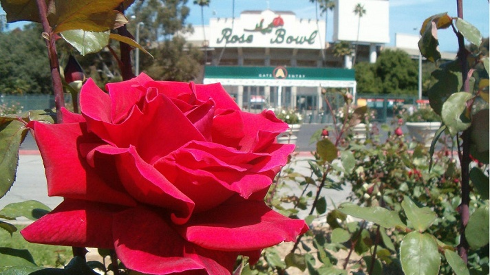 Rose Bowl - On my bucket list of sporting events to attend. Would be much better if the Buckeyes were playing when we go :)