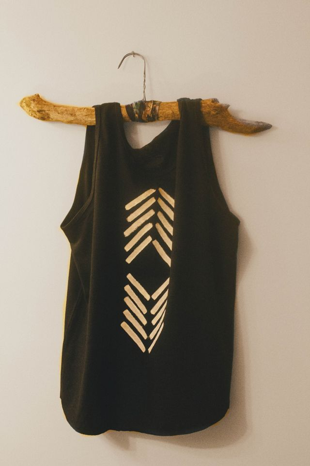 I'm actually pinning this because I like the hanger..  Lol, but the shirt is neat too.. But the hanger is way cooler.  DIY inspiration tribal shirt || always rooney