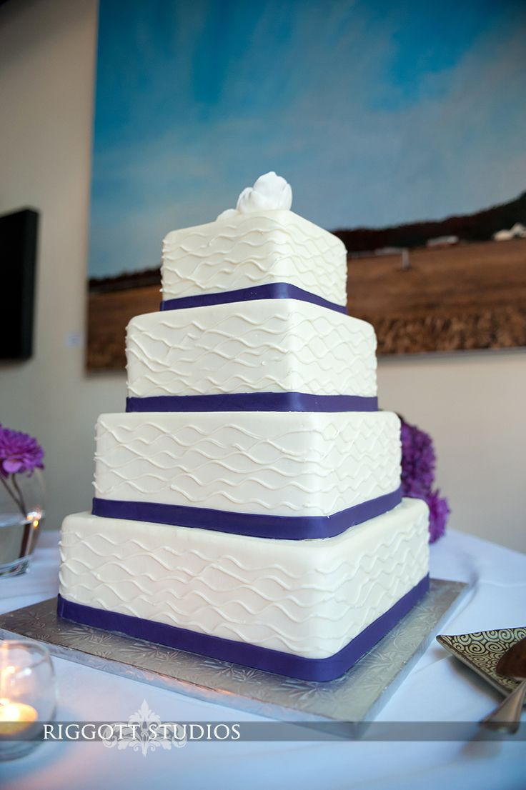 Wedding Cakes From Various Weddings In Minnesota By Rochester Photographer Dean Riggott