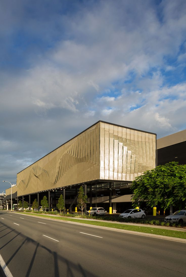 Kaynemaile-Armour carpark facade at Pacific Fair Shopping Center on the Gold Coast, Australia