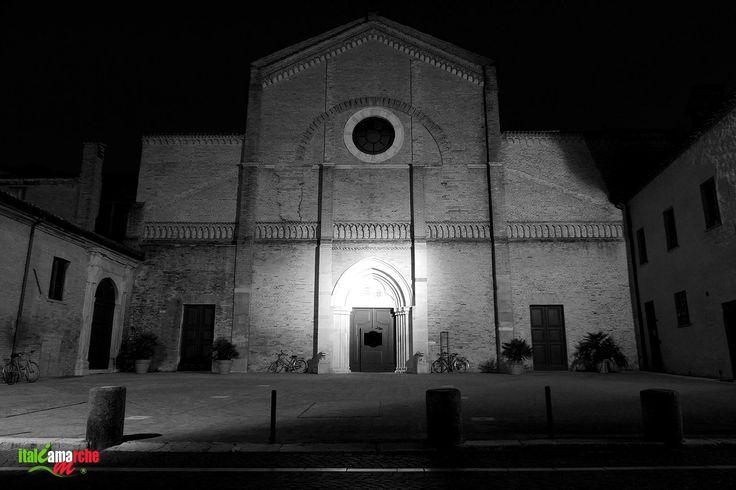 TOURISM in The Marches Region – ITALY - PESARO - Cattedrale di Santa Maria Assunta - © Copyright Photo Piero Evandri - www.italiamarche.com