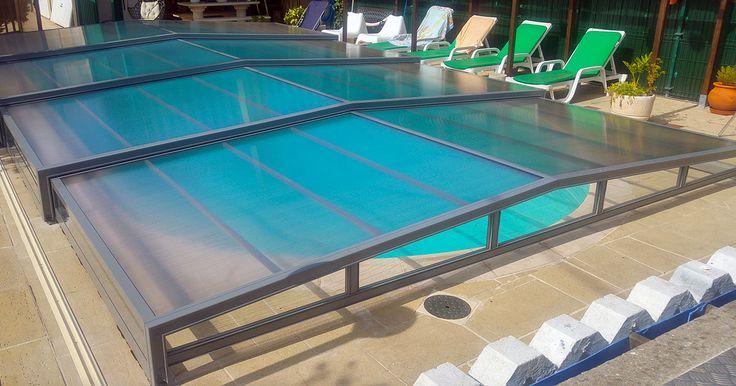 Abri bas de piscine de la gamme ACCES - Léger et simple d'utilisation !