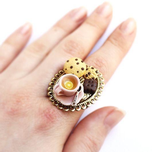 Czas na herbatę pierścionek