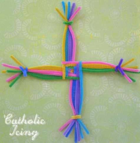 how to make a St.Brigid's Cross from Catholic Icing.