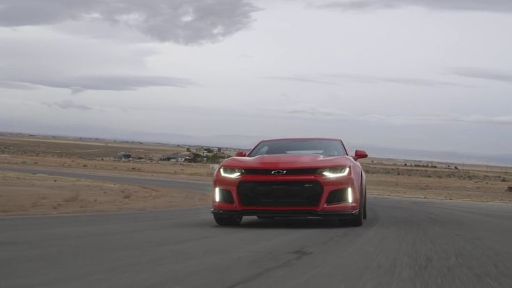 2017 CHEVROLET CAMARO ZL1 HITS THE TRACK IN NEW IGNITION