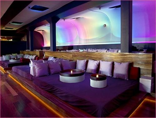 Bed restaurant