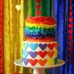 Bolo colorido da festa do arco-íris