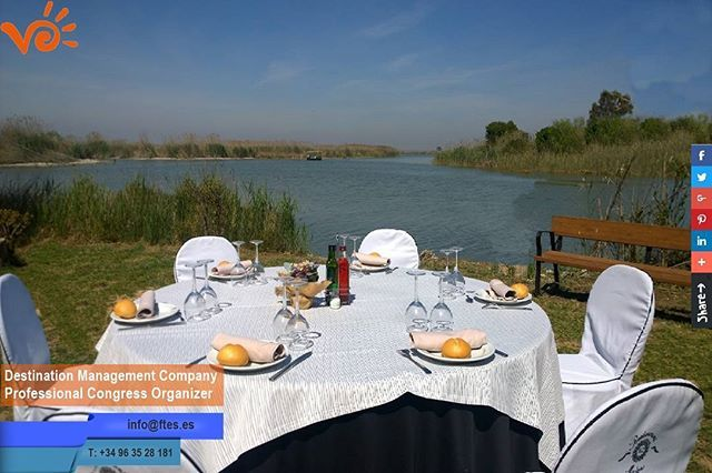 This Venue located in L'Albufera (an ancient marine gulf, turned freshwater lake) just 15 minutes outside of #Valencia is the ideal place for your next event.  Contact us for more information about rental, menus, tours and logistics. www.ftes.es  #eventprofs #meetingprofs #conference #eventmarketing #eventtrends #FinestTurEvents #eventplanner #meetingplanners #eventtech #b2bevents #event #meeting #spain #spanien #evedeso #eventdesignsource - posted by Finest TurEvents…