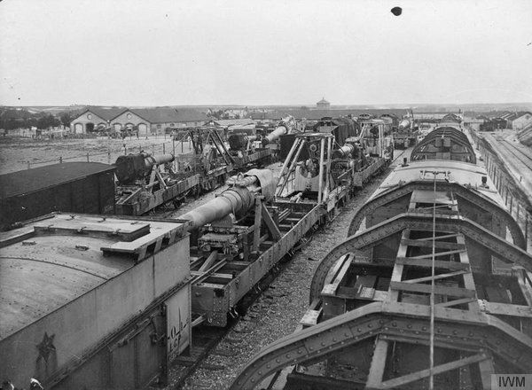 "WWI covered live on Twitter: ""A general view of French heavy railway gun equipment at Mailly Arsenal, Marne, 3 May 1916 https://t.co/Wg1RmQPnpH https://t.co/QGPHOkgJzh"""