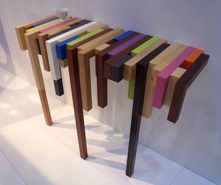 """Designer et ébéniste nantais, Damien Hamon de Daha Mobilier présente actuellement ses meubles en bois sur le salon """"Maison & Objet"""". A découvrir parmi ses créations, cette """"ConsoLLLe"""" mêlant bois peint et naturel dans un jeu de décalage et..."""