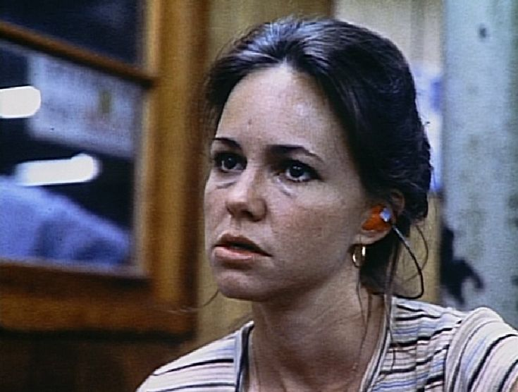norma rae movie essay Norma rae essays in true hollywood fashion the movie norma rae takes its viewers on the turbulent journey of a widow trying to make a better life for she and her children.