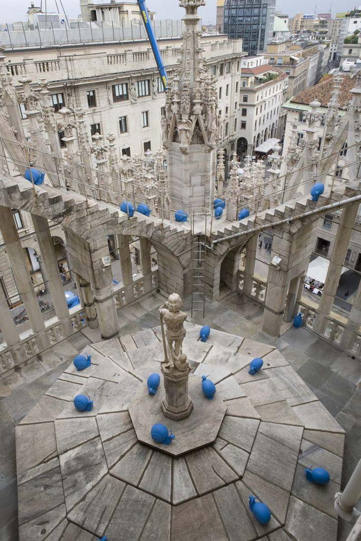 REgeneration in Milan_Cargol treu banya, puja a la catedral!