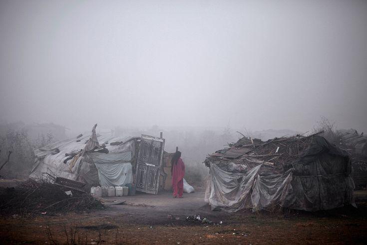 Muhammed Muheisen (Ap/Lapresse) Uno slum di Islamabad, in Pakistan, il 4 gennaio 2013.