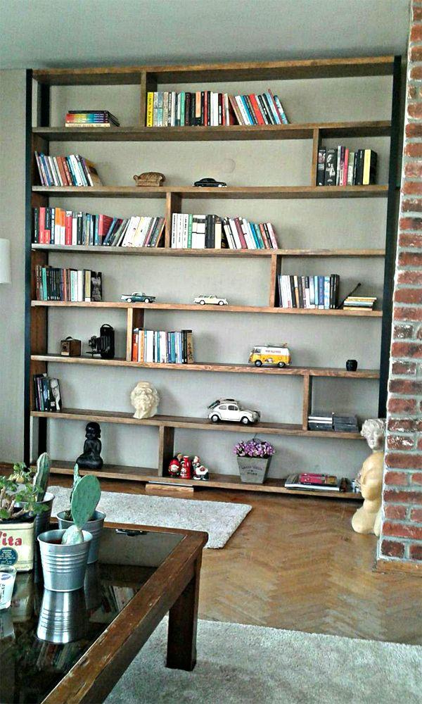 Doğal Ağaç Kitaplık Doğal Ağaç Kitaplık Doğal Ağaç Kitaplık, 8 adet yatay, 7 adet dikey ara raf, 4 adet metal ayak. Ölçüler 260x280 cm Derinlik 25cm. Kalınlık 3 cm Demonte gönderilecektir. Renk: BurmaDiğer ölçüler için lütfen bize ulaşınız.,