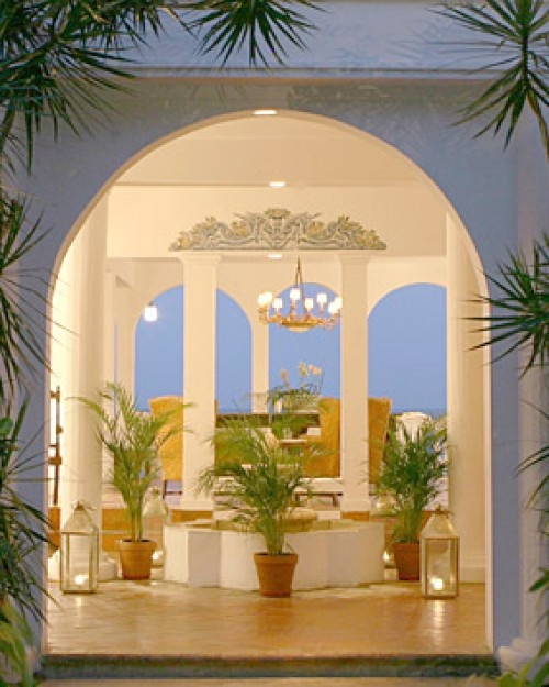 The airy entrance showcases the property's natural beauty. #Jetsetter