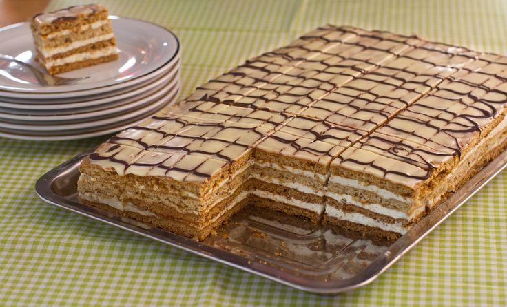 """Prăjitura foi cu miere și nucă """"Frumoasa Adormită"""""""