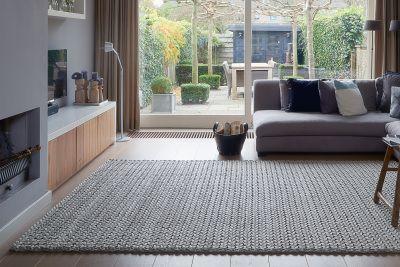 Afbeeldingsresultaat voor wol gevlochten tapijt