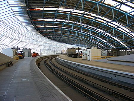 Section through Waterloo International Terminal, Nicholas Grimshaw and Associates.