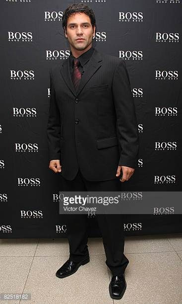 actor-valentino-lanus-attends-the-hugo-boss-collection-at-the-hotel-picture-id82518182 (367×612)