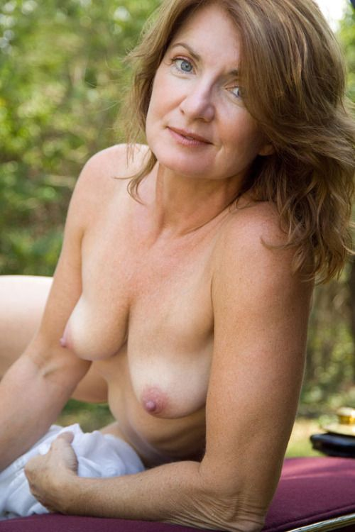 Old nude women models