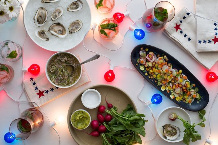 A Make-Ahead Cocktail Recipe and Sophisticated Bites for 4th of July