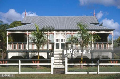 queenslander house , traditional - Google Search