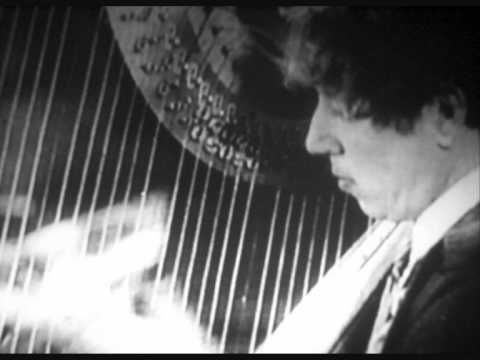 VIDEO- Harpo speaks ..plus comments on what he sounded like by his son, Bill, and a little extra bonus of him talking to Harpo's daughter Minnie about that one time he DID speak in public... enjoy!