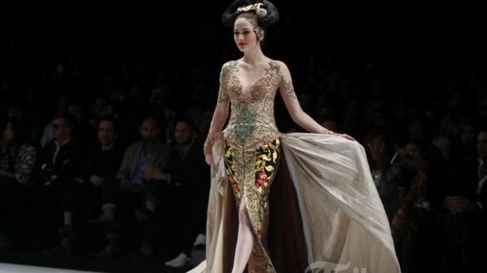 Promo Anne Avantie Agustus - Busana Karya Designer Kondang Cuma Rp 199 ribu Saja