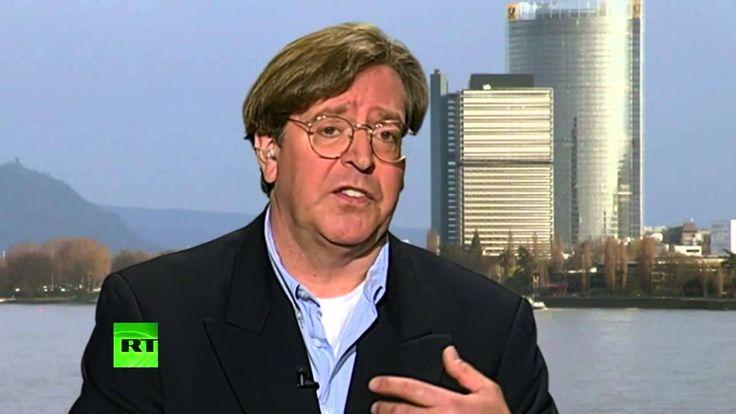 Něměcký novinář Udo Ulfkotte vypovídá o tom, jak šířil v médiích lži, které po něm chtěla CIA. [CZ titulky]
