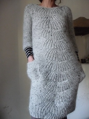 Source: http://www.knittedbliss.com/2013/01/modification-monday-be-pizzly.html