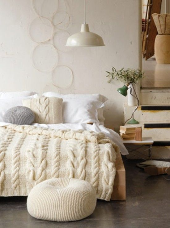 Chunky Cushion Free Knitting Pattern - find a Cable Knit Throw Blanket Free Pattern in our post