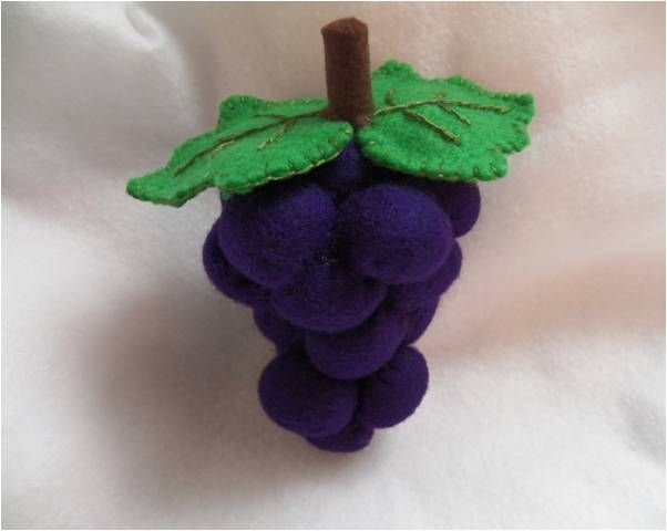 Art Threads: Monday Project - Felt Grapes