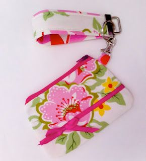 Zippered coin purse with key fob: tutorial from Sew Spoiled (linked at Craft Gossip).
