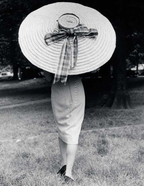 1958...umbrella in the shape of hat...love...love...