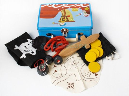 Pirate Dress Up - Suitcase Play Set